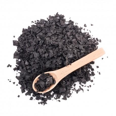 Escama de sal marina con Carbón Vegetal 65g